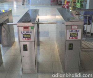 access-gate-turnstile-komuter