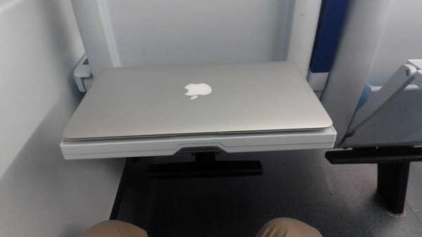 macbook-ets-train-table